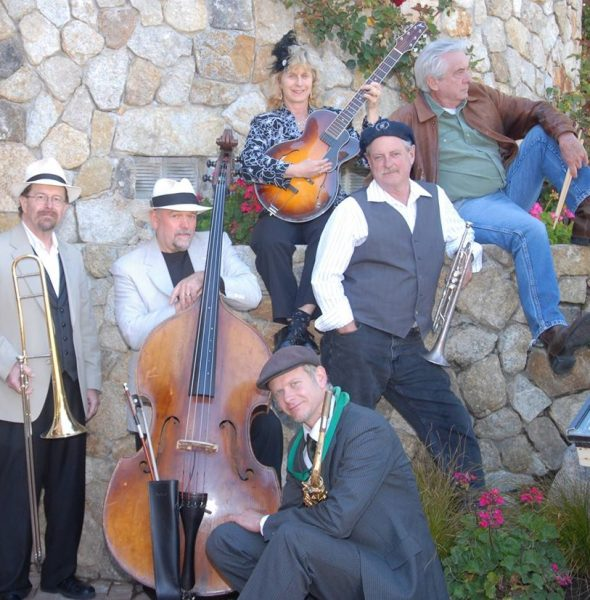 Summer Sunday Music Series – Moon Glow Jazz Band